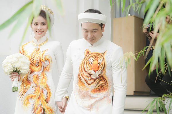 ao dai an hoi co dau chu re